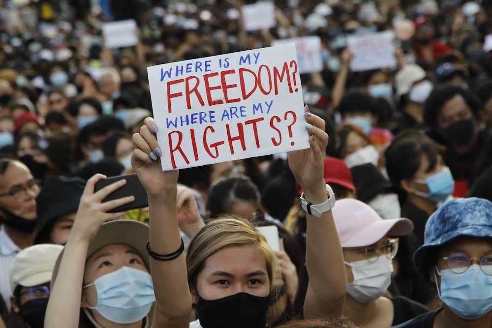 Bangkok, las protestas masivas comenzaron de nuevo en Tailandia.